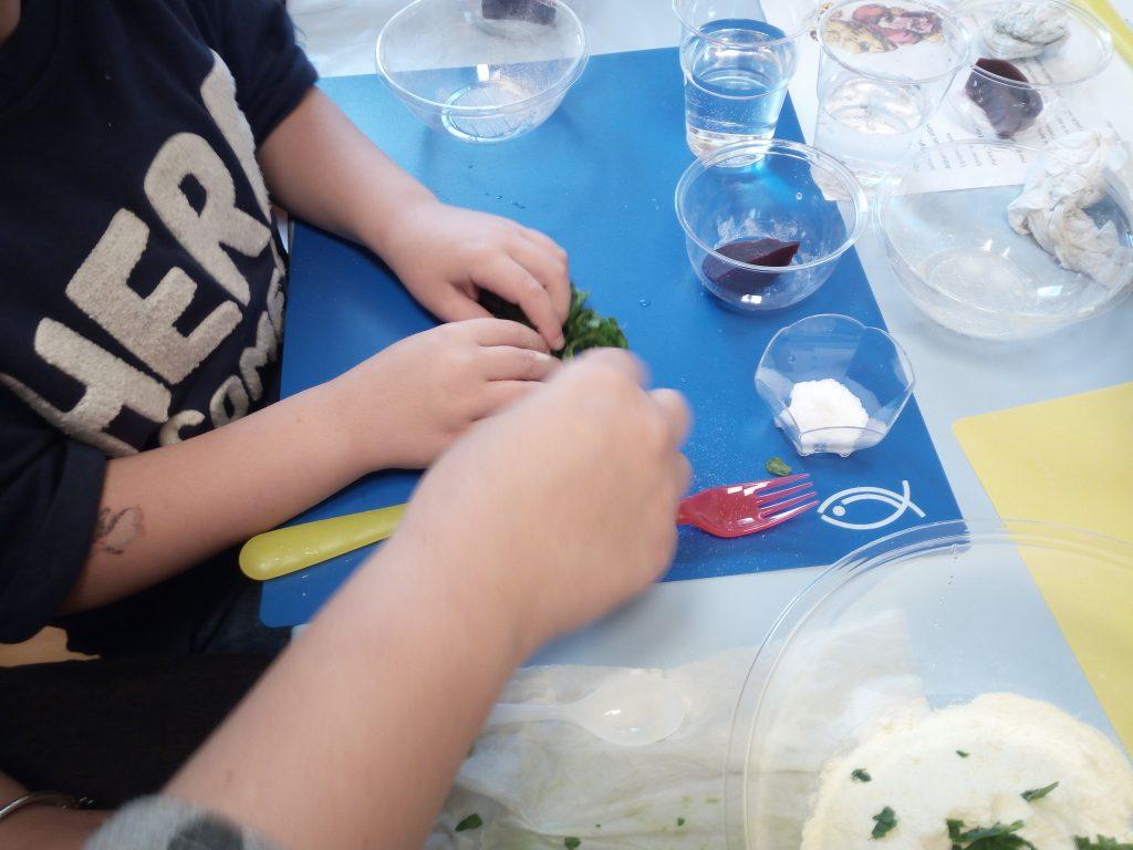 Oggi cucino io! Laboratorio di educazione alla nutrizione attraverso il gioco con mamma e papà (età 3-6 anni)
